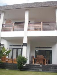 ジンバランの2階建て物件