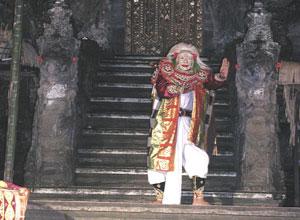 バリ島舞踊 チャンドラ・ウィラブアナ4
