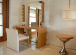 Guest Villa Dresser