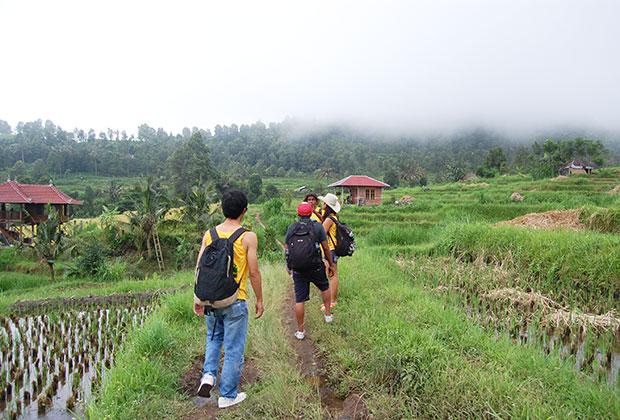 Start trekking