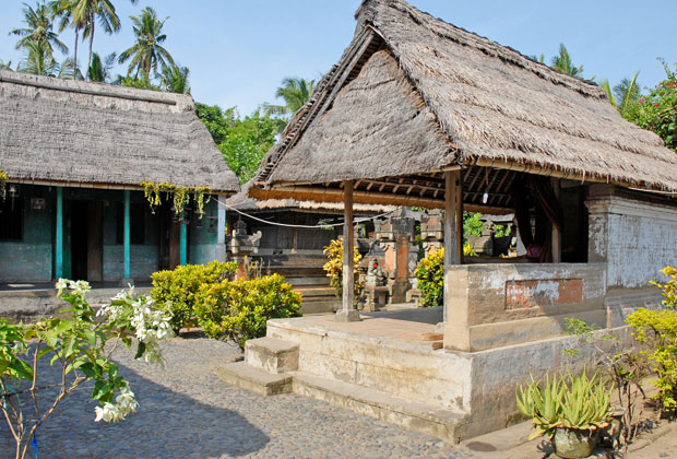 Batuan Village Private House