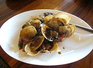 貝の黒豆ソース炒め