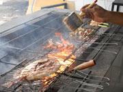 調理場(魚介の炭火焼き)