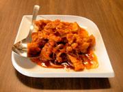 アヤムゴレンソースムンテガ(鶏の空揚げバターソース)