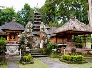 Gunung Lebah Temple 4
