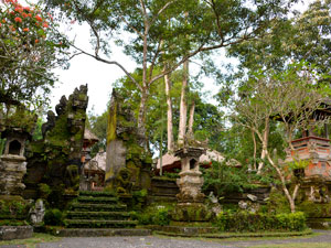Gunung Lebah Temple 5