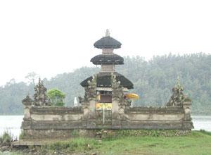 Ulun Danu Bratan Temple7