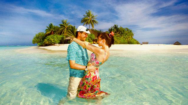 カップル・夫婦で想い出に残る旅行を!バリ島ハンターのマリンスポーツ