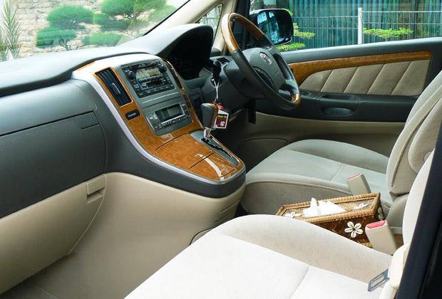座り心地の良い運転席と助手席