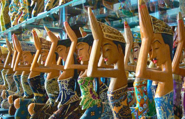 少し贅沢な大人の女子旅 バリ島観光ツアー クイーンオブバリのお土産店