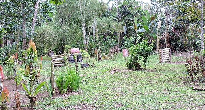 バリ島ウブドの北側、タロ村で催行されます