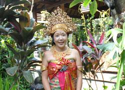 バリ民族衣装
