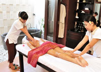 massage by 2 therapist