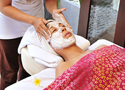 Lift Up Facial