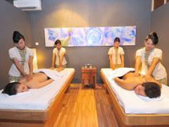 Four Hand Massage