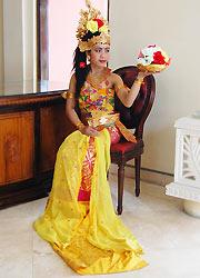 伝統舞踊コスチューム2