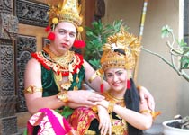 Bali Wis 12 Traditional Costume