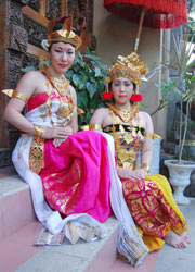Ramayana Female Couple