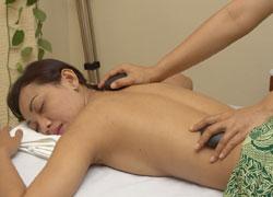 Bali beauty spot7/warm stone massage