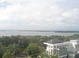 ヌサドゥアの海