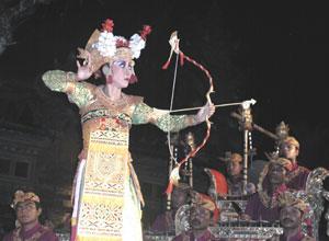 バリ島舞踊 チャンドラ・ウィラブアナ2