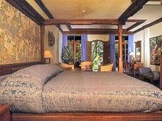 スイート ベッドルーム
