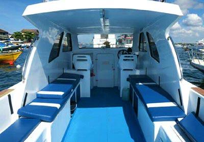 レンボンガン島往復貸切ボート9