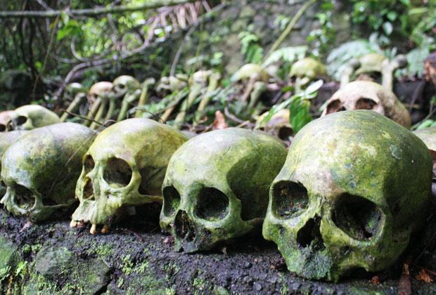 風葬の墓地