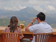 バトゥール山が目の前