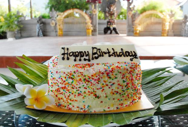 お誕生日プラン クマンギ・バースデーケーキ