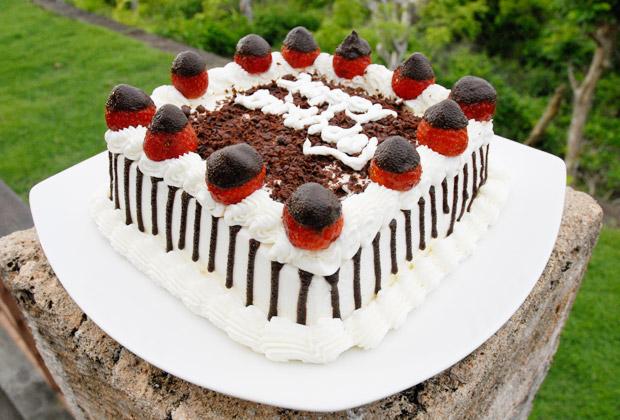 お誕生日プラン ジェンデラバリ・バースデーケーキ