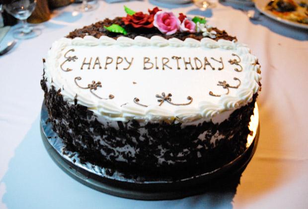 お誕生日プラン イブニングクルーズ・バースデーケーキ
