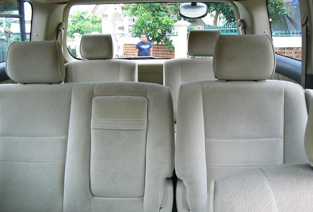 広々とした車内空間
