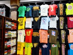 Tシャツの種類も豊富