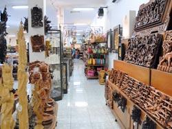 木彫りの種類も豊富です