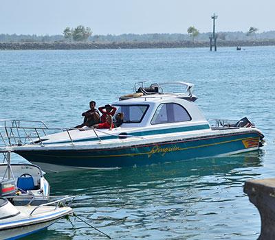 バリ島 厳選マリンスポーツ レンボンガン島往復貸切ボート 画像