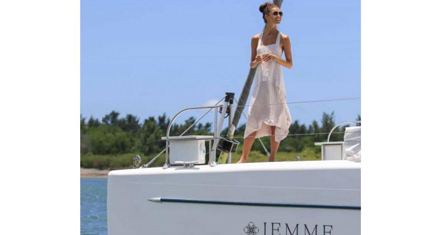 快適なプライベートチャーターボート