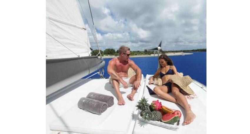 贅沢なボートチャーター