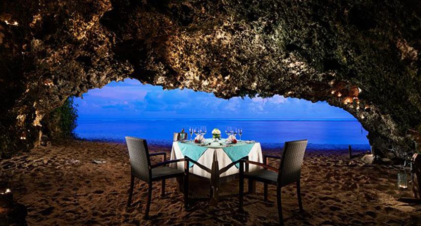 オンザビーチ・ロマンチックディナー