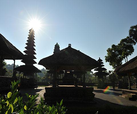 タマンアユン寺院はバリ島で最も美しい寺院と言われています