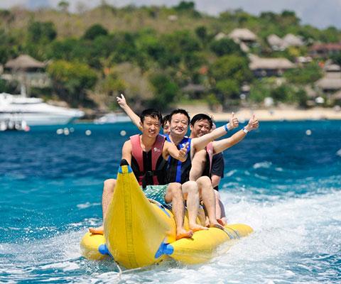 遊び放題のバナナボート