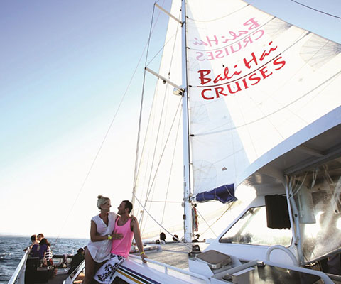 バリ島からレンボンガン島までの海の景色を楽しみましょう