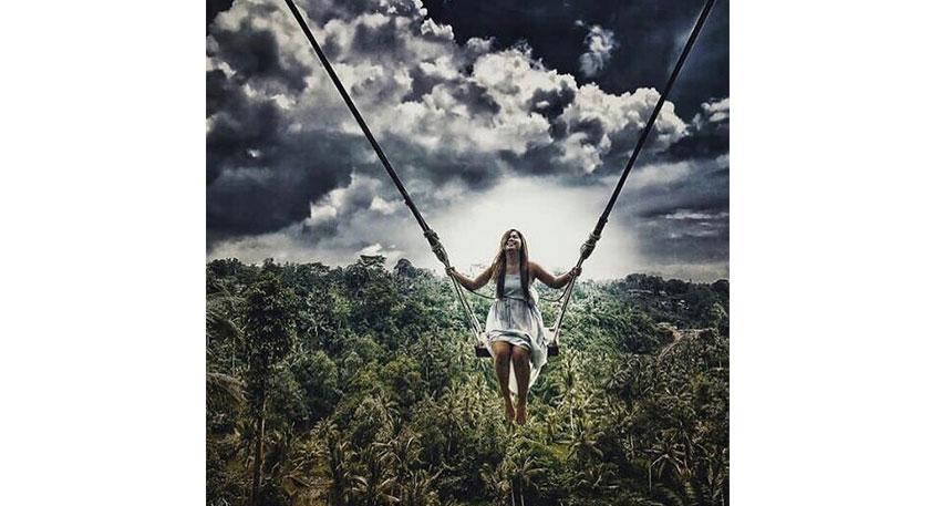 まるでジャングルの中に飛び込むような感覚となります