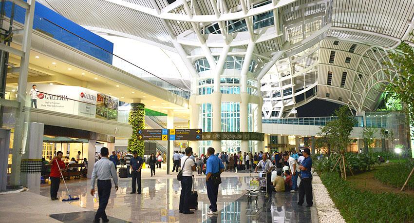 VIP待遇で到着からスムーズに空港から出ることができるサービスです