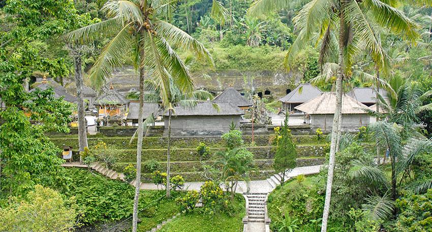バリ島最大の遺跡グヌン・カウィ