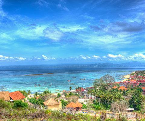 美しい景色が広がるレンボンガン島