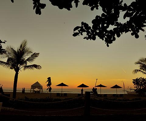 バリ島クタビーチの美しい景色をお楽しみください