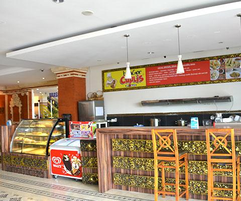 ブラスコ内のカフェ