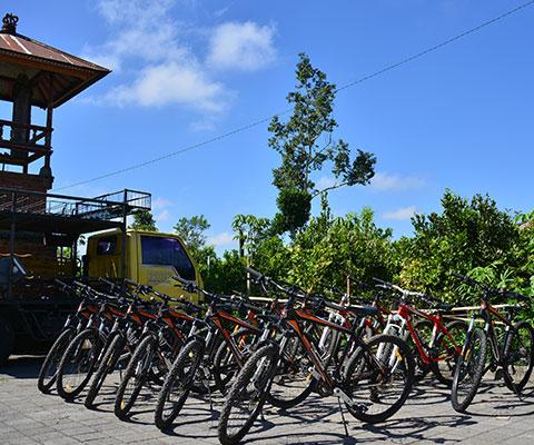 使用する自転車も道具もしっかりと手入れされています