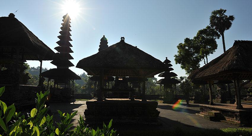 バリ島で最も美しい寺院と言われているタマンアユン寺院